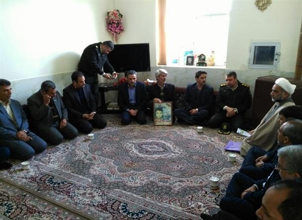 برنامه های ششمین روز از دهه مبارک فجر با حضور معاون استاندار در بخش دستگردان برگزار شد.